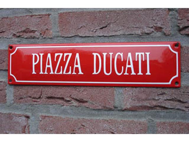 Piazza_Ducati
