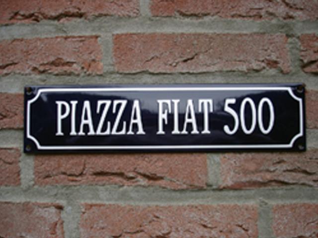 piazza_fiat_500